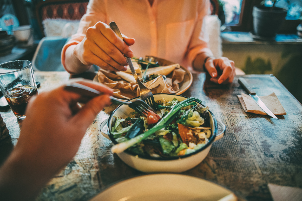 Why You Should Track What You're Eating and How to Do It Effectively