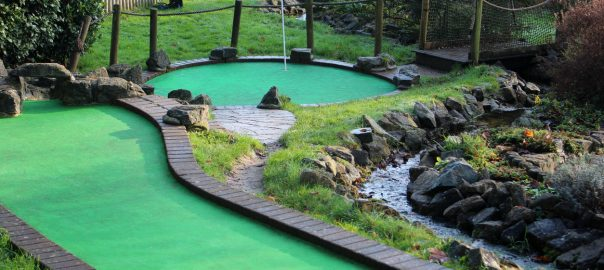 Why Mini Golf Needs to Be Your Next Social Activity