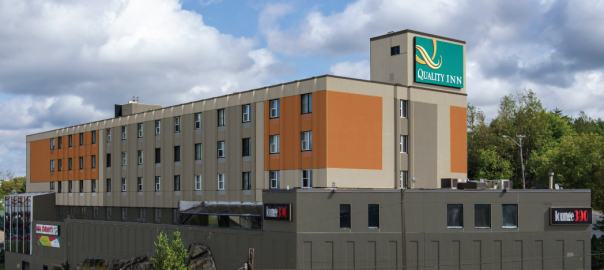 QUALITY INN NEW EXTERIOR PAINTING